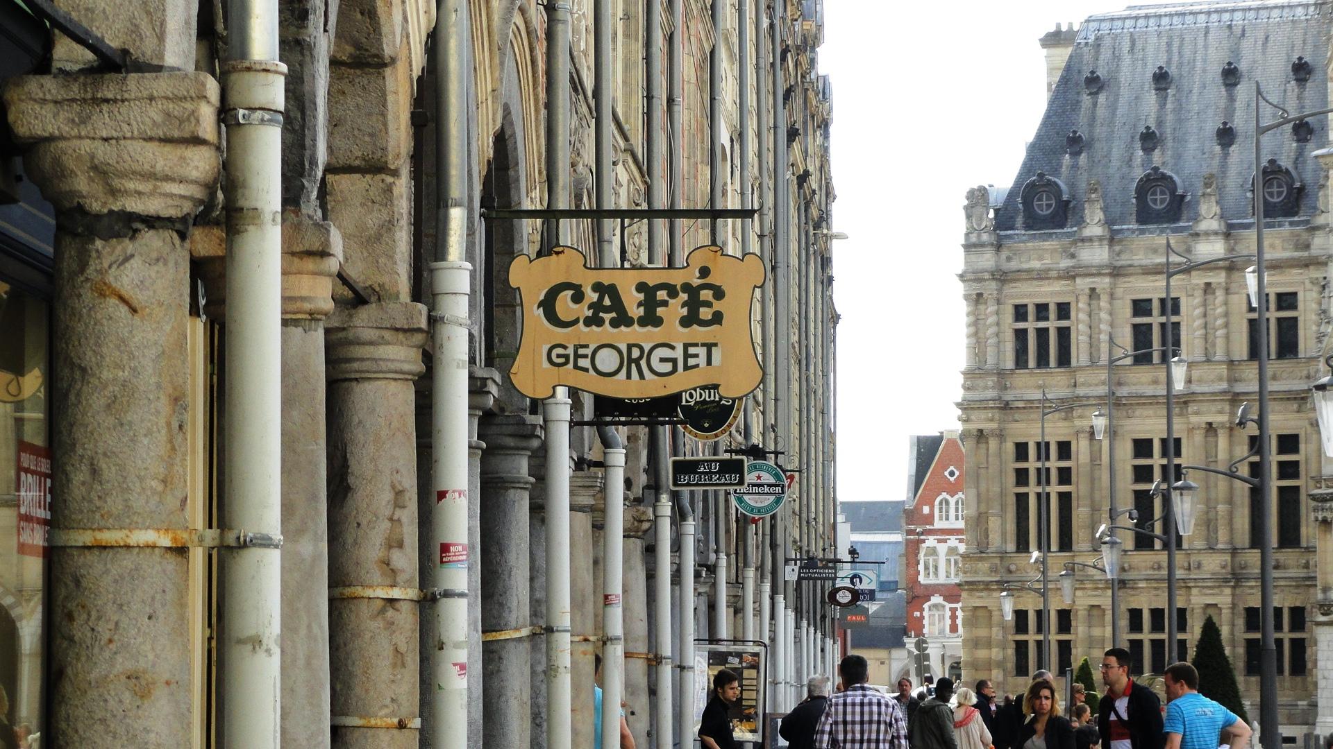 Arras - Place des Héros - Arcades