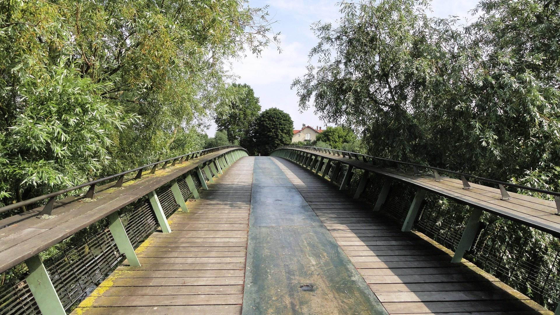 La Marne - Passerelle
