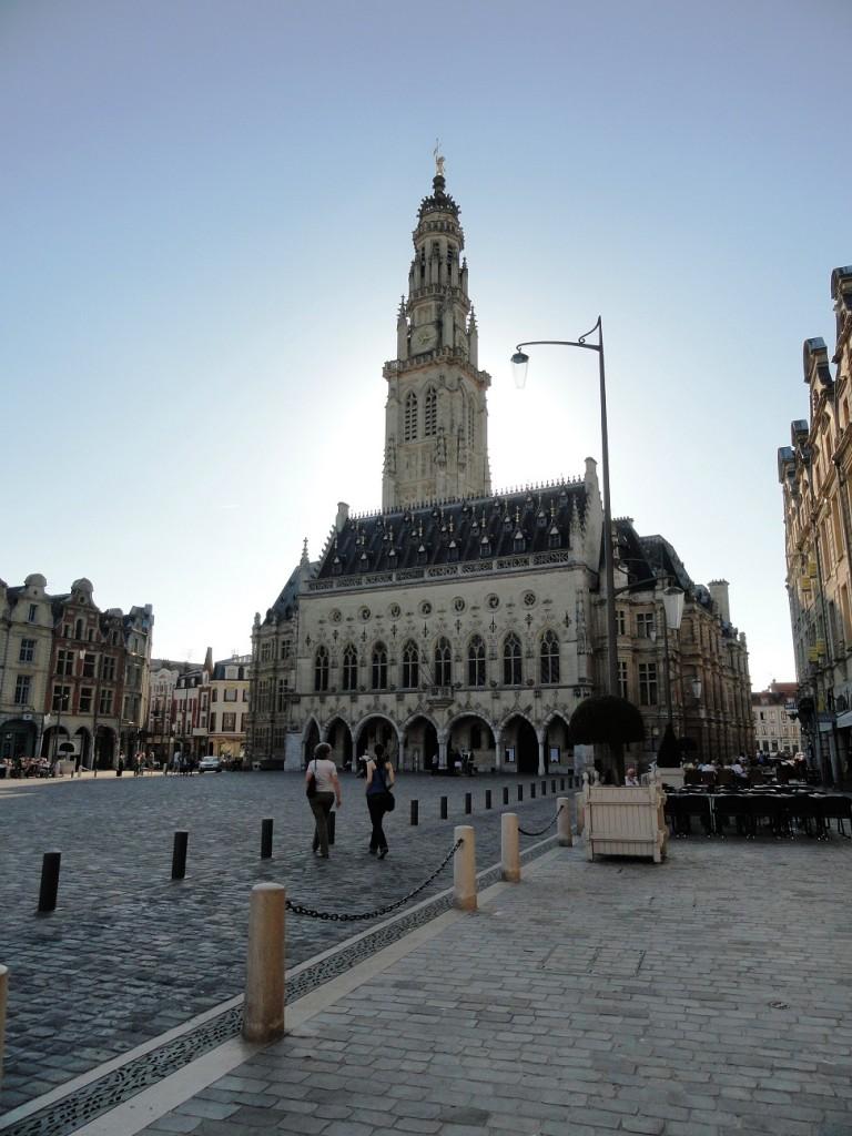 Arras - Place des Héros - Beffroi