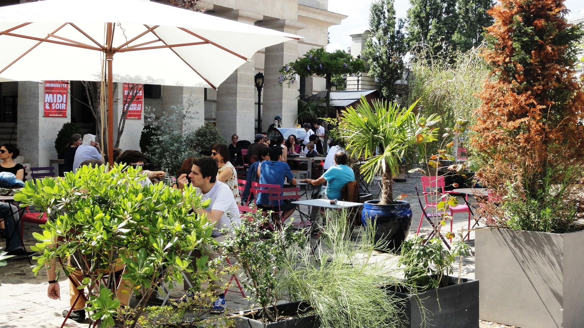 Bassin de la Villette - Le café de la Rotonde