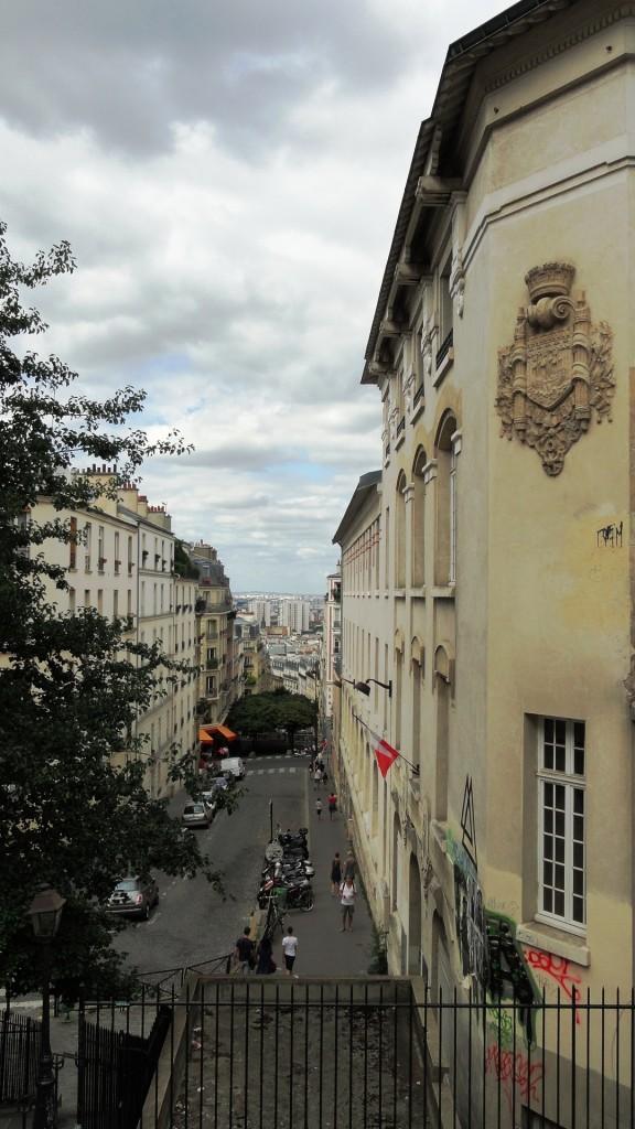 Montmartre - Rue Becquerel et ses escaliers - Vue sur la Seine-Saint-Denis