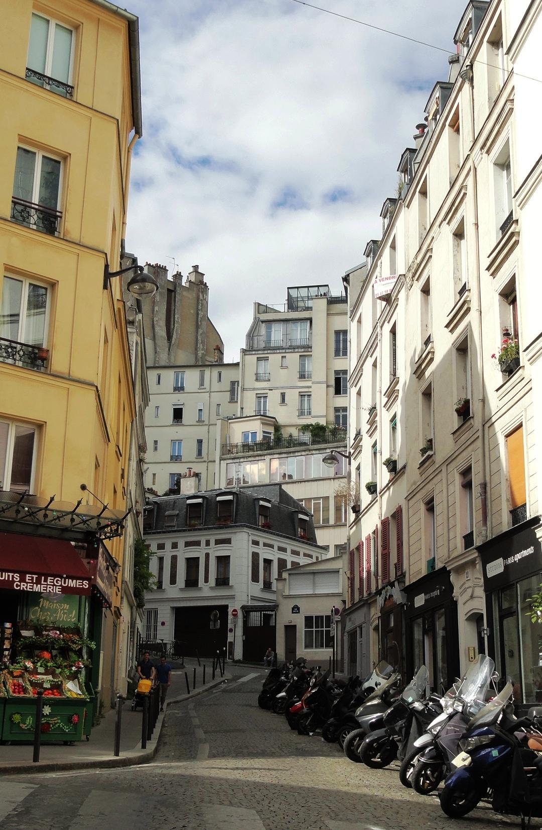 Balade dans Montmartre et les Abbesses  - Rue Androuet / Rue des Trois Frères