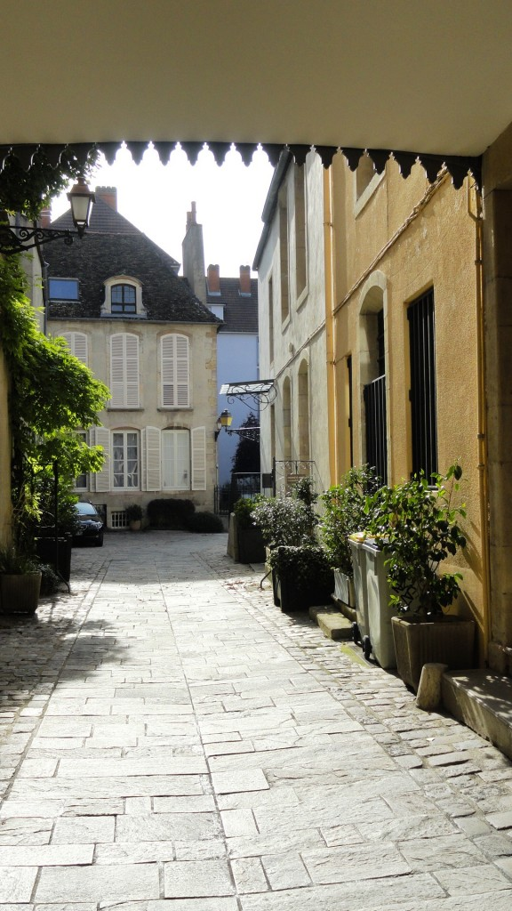 Dijon - Cour intérieure