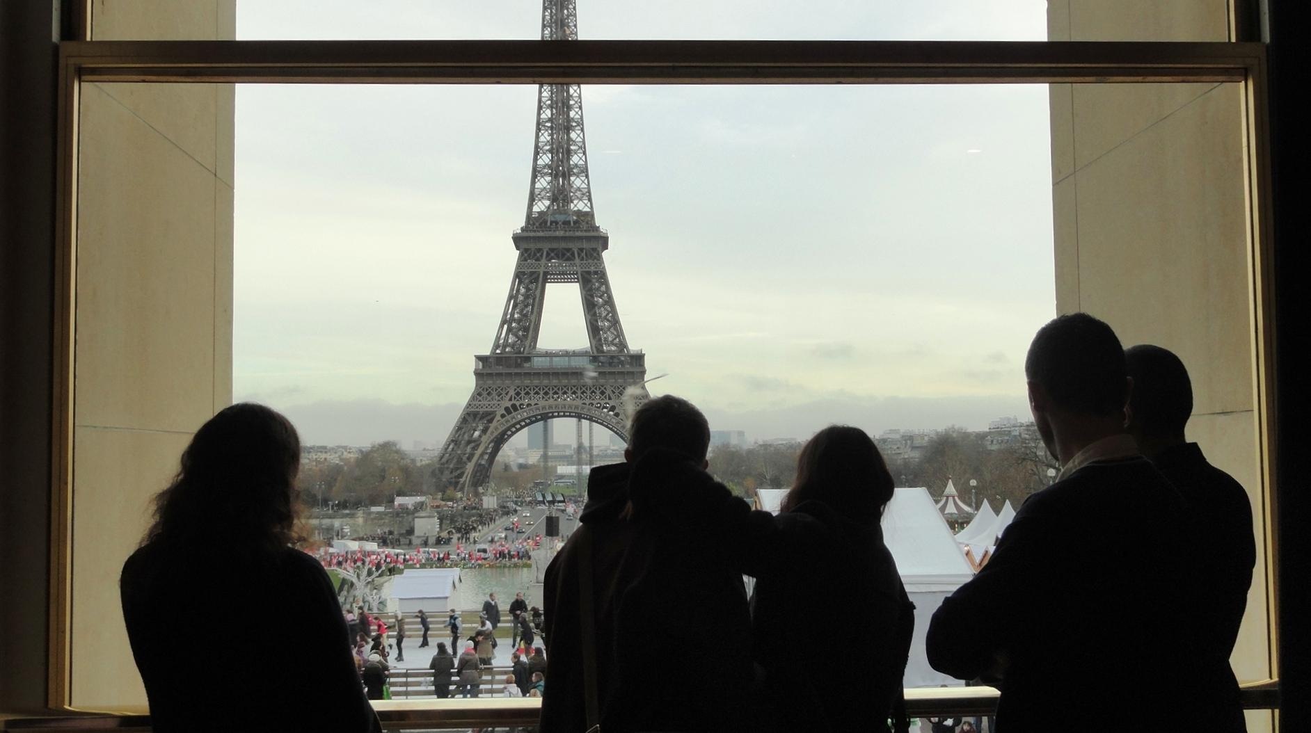 Théâtre de Chaillot - Art Déco - Foyer, vue sur la Tour Eiffel