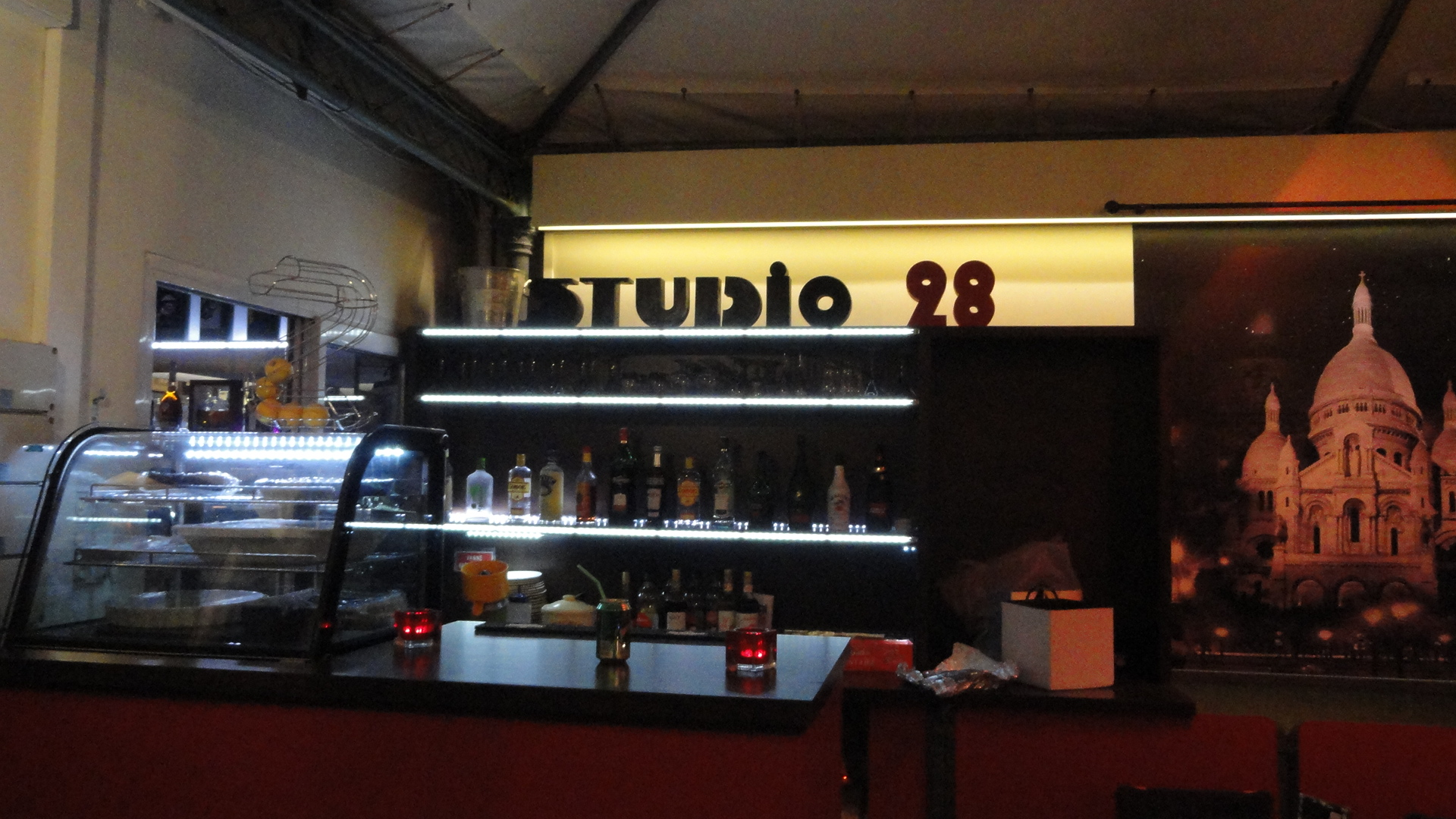 Studio 28 - Bar