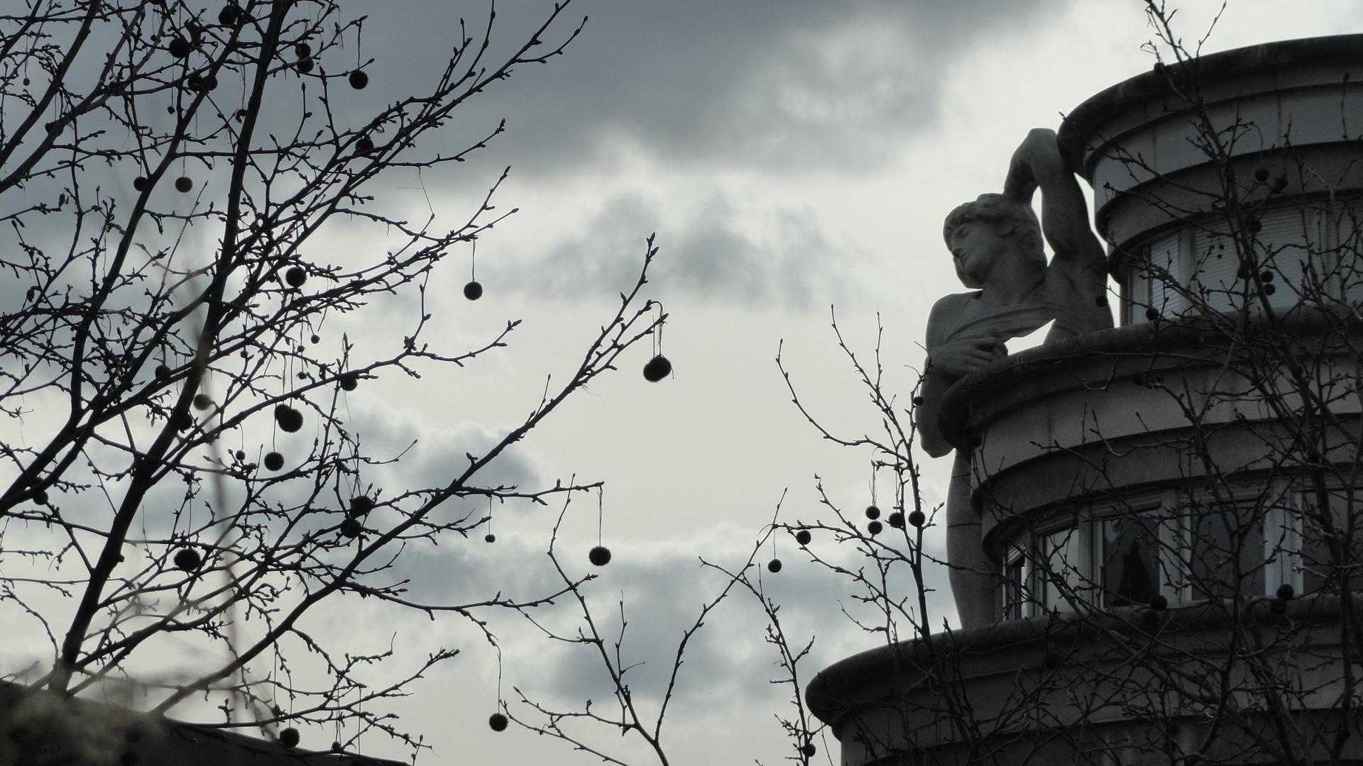 Promenade Plantée, Paris 12e - Commissariat du 12e