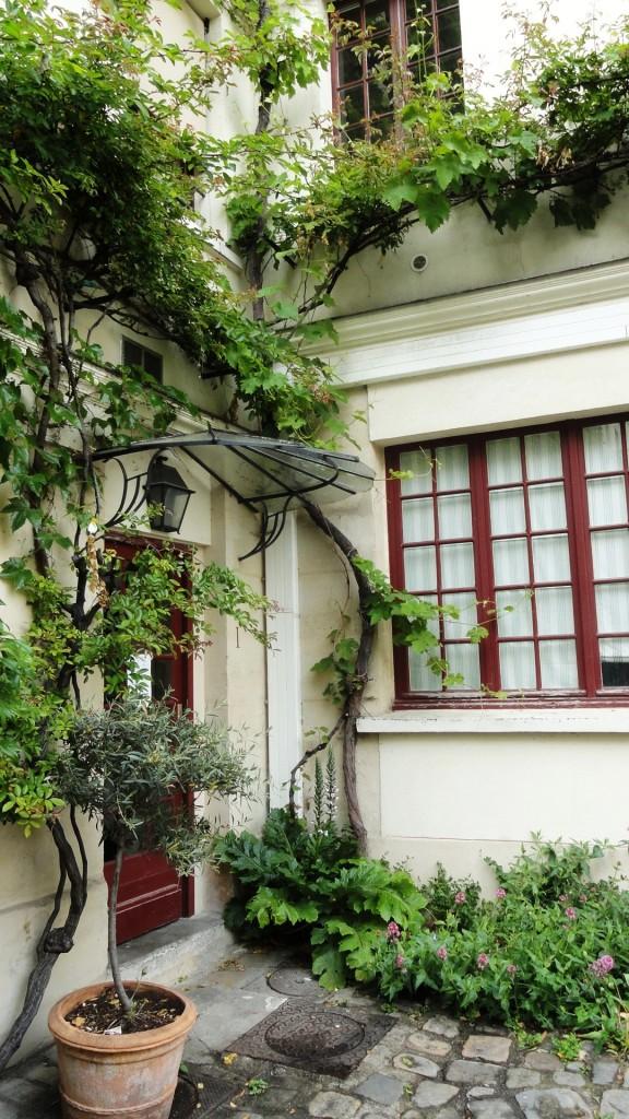 Balade dans le Faubourg Saint Antoine - Cour du Bel-Air