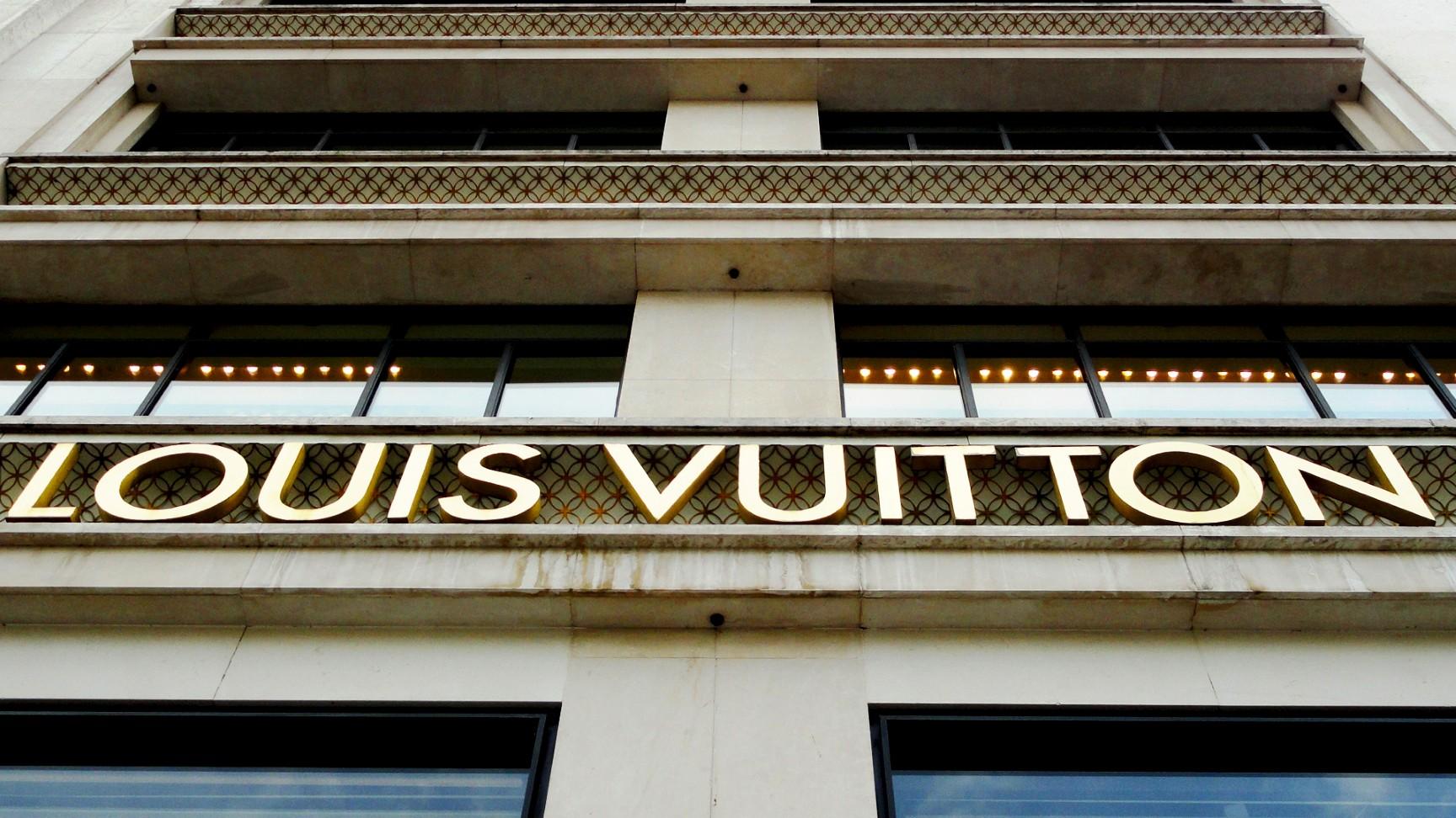 Boutique Louis Vitton, Champs Elysées