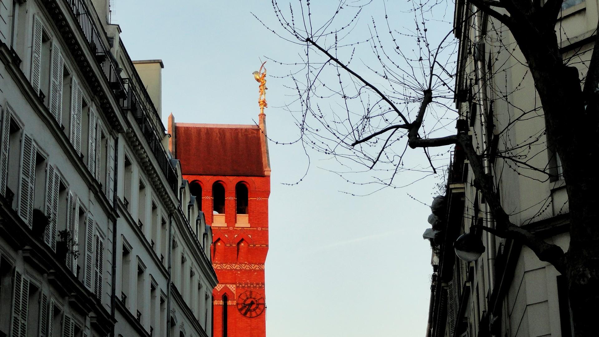 Balade le long de la Petite Ceinture (17e et 18e) - Quartier des Batignolles - Eclise Saint-Michel des Batignolles