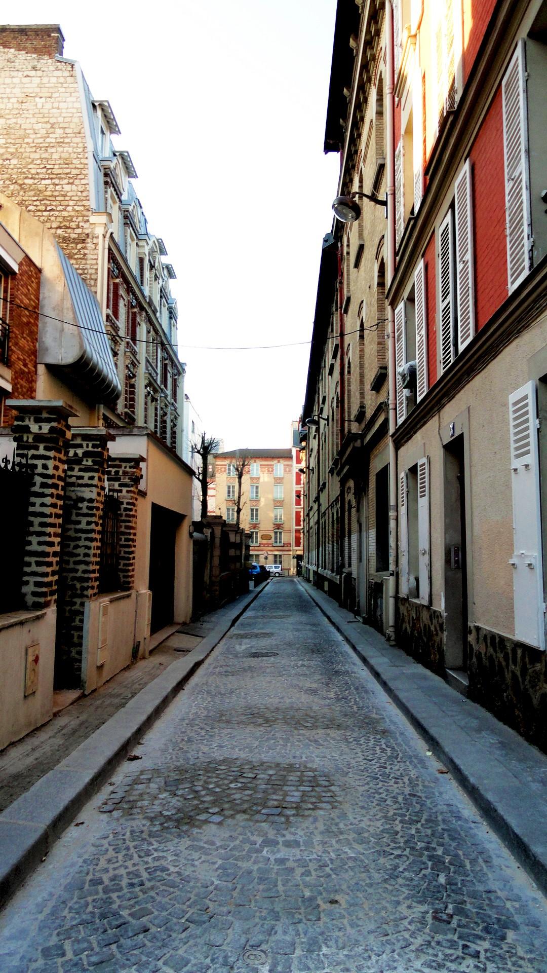 Balade le long de la Petite Ceinture (17e et 18e) - Villa des Epinettes