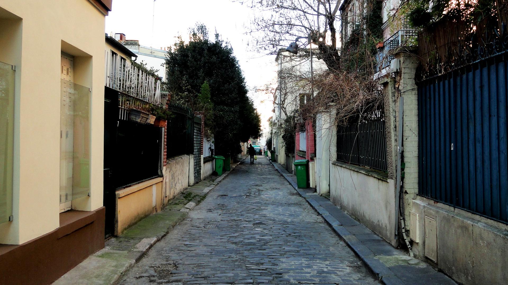 Balade le long de la Petite Ceinture (17e et 18e) - Passage Charles Albert
