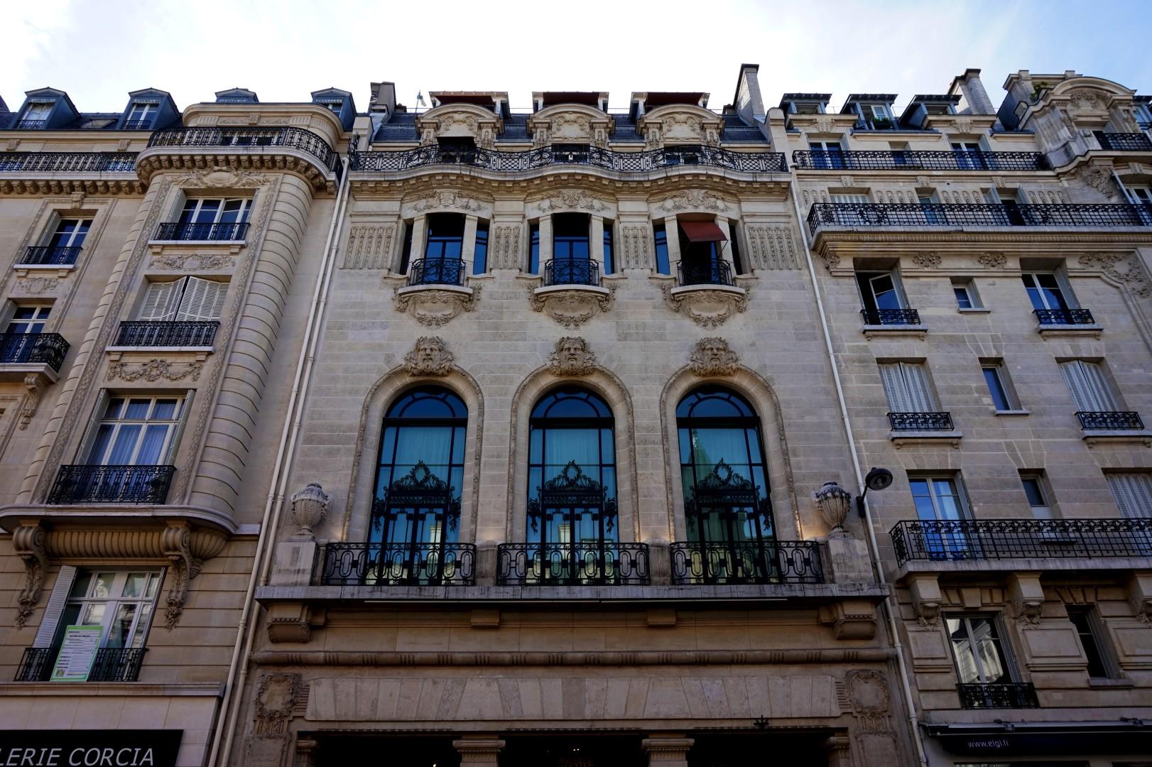 Balade dans le quartier Arts et Métier (3e) - Façade rue Saint Martin