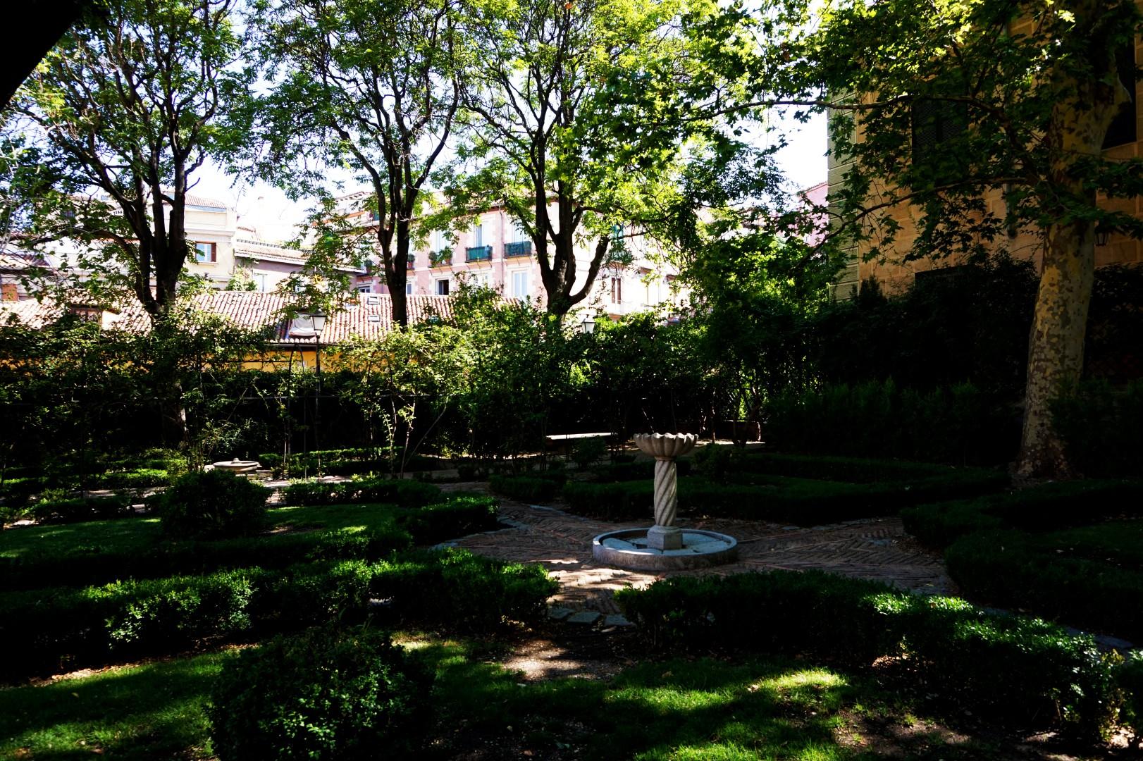 Madrid - La Latina - Jardin del Principe de Anglona