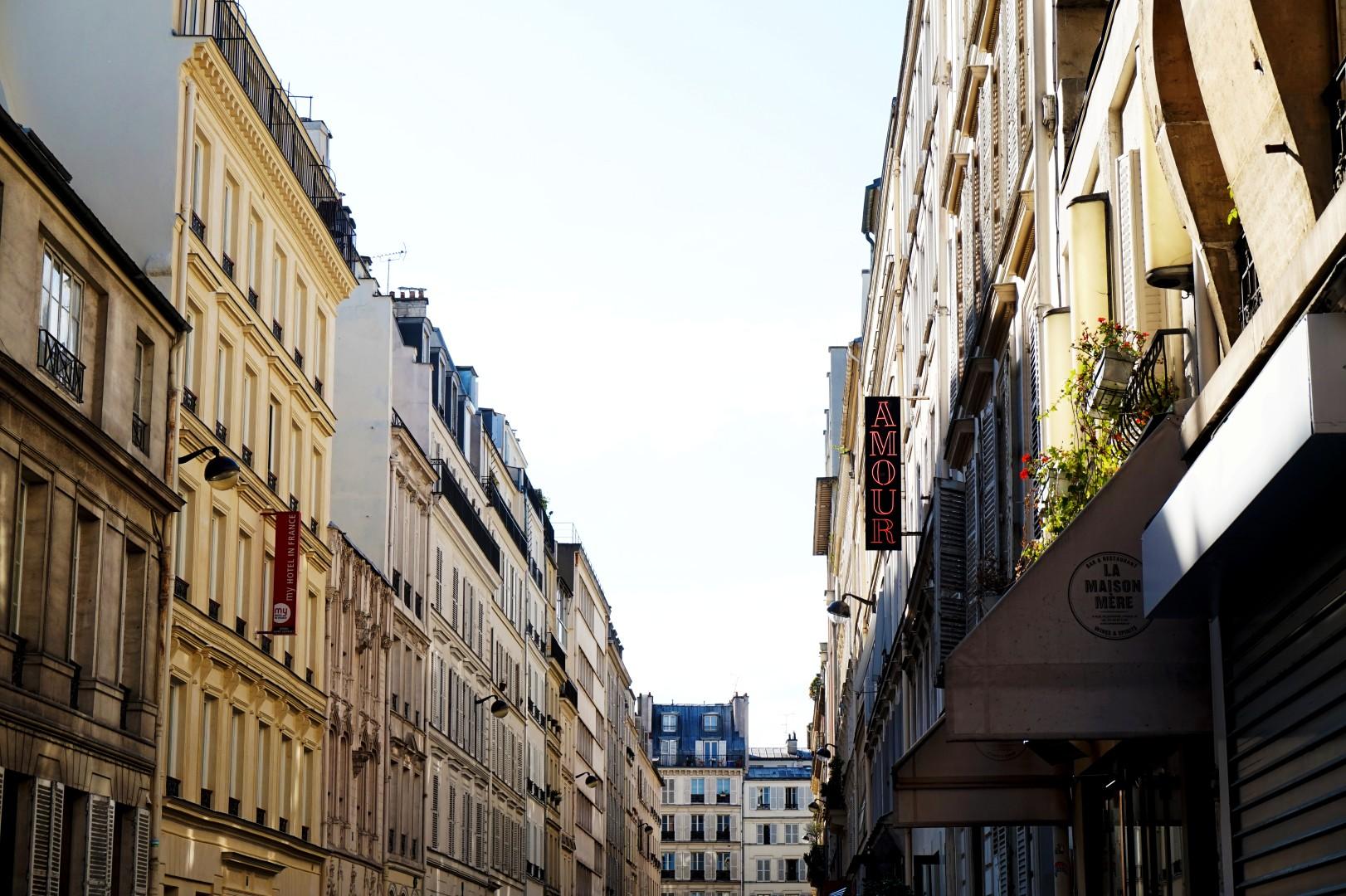Balade dans le 9e - De Pigalle à Cadet - Rue de Navarin