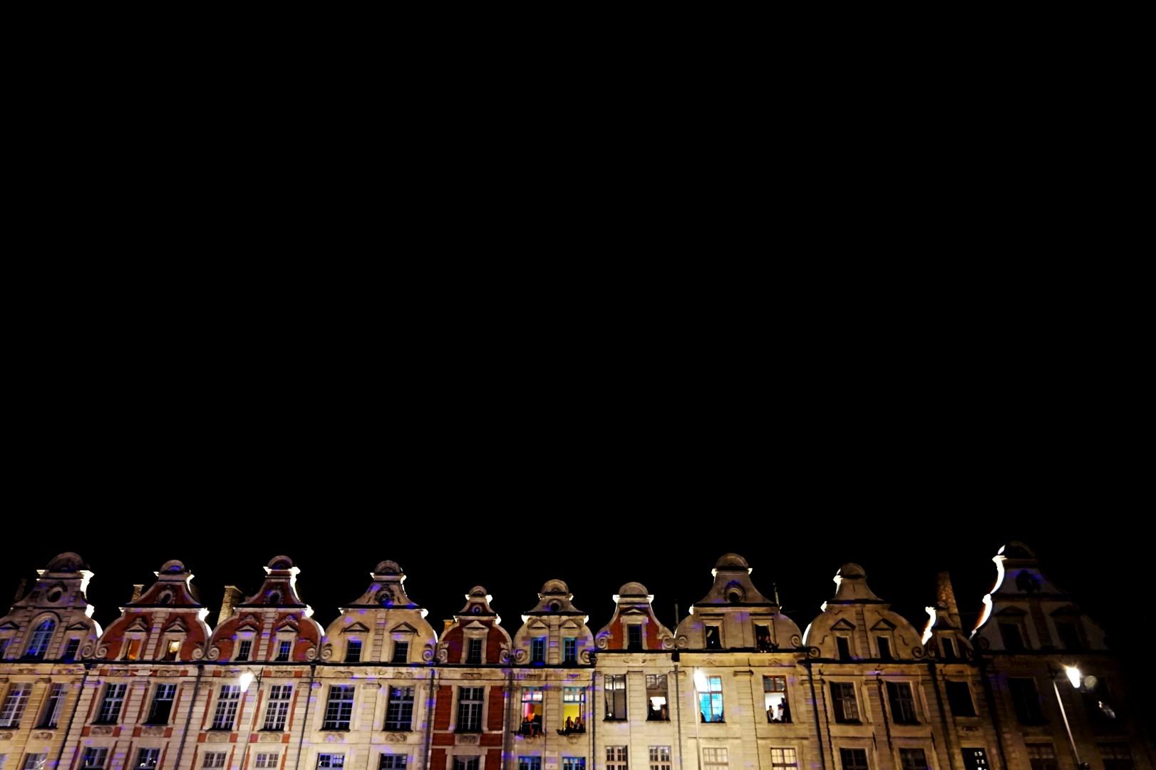 Place Arras, la nuit
