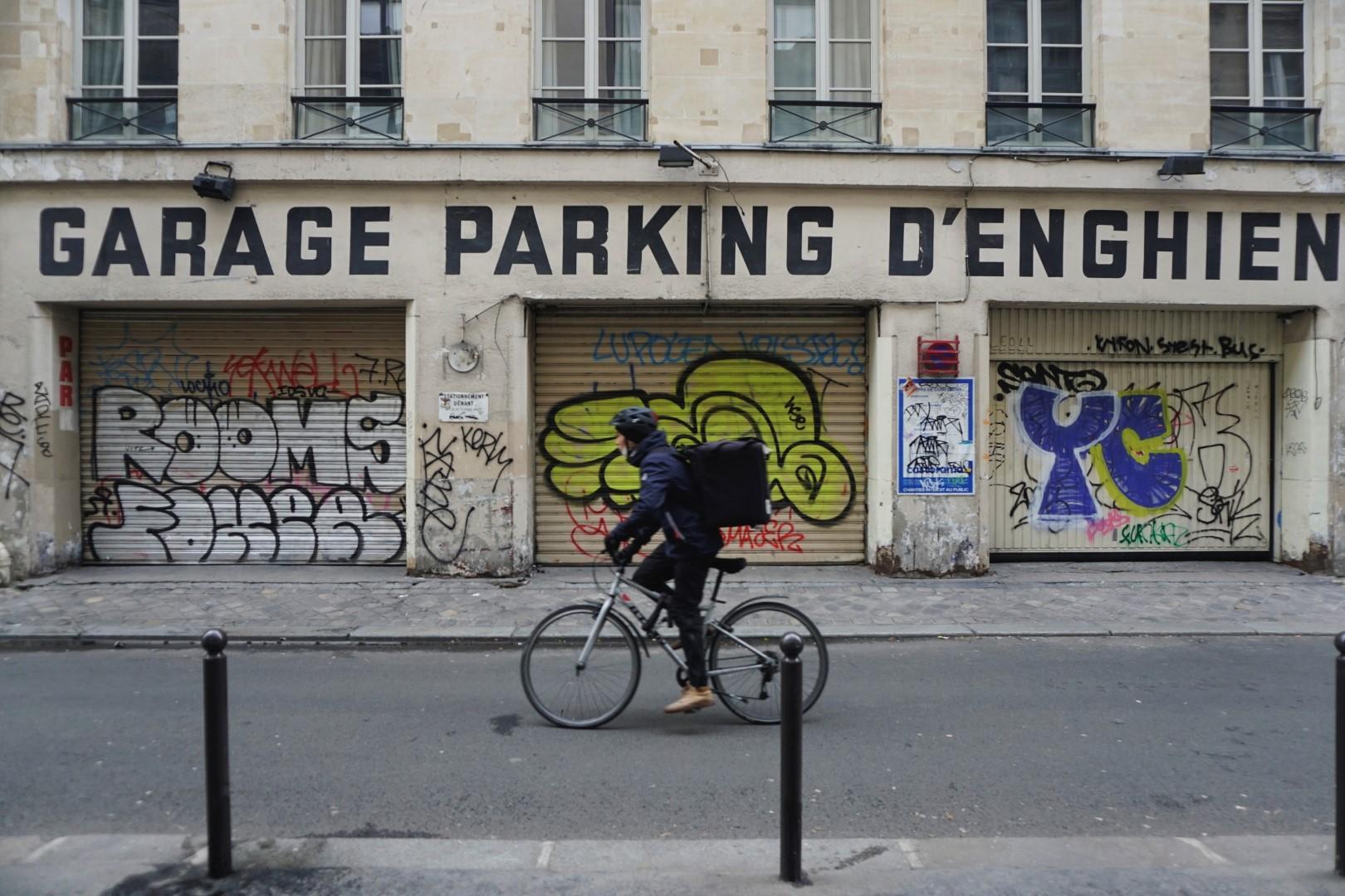 Rue d'Engien - Balade dans les 9e et 10e arrondissements de Paris - De place de la République à Pigalle