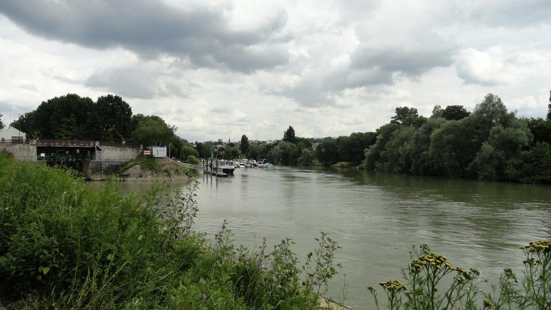 La Marne et le canal de Chelles