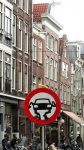 Amsterdam - Street art - Détournement panneaux