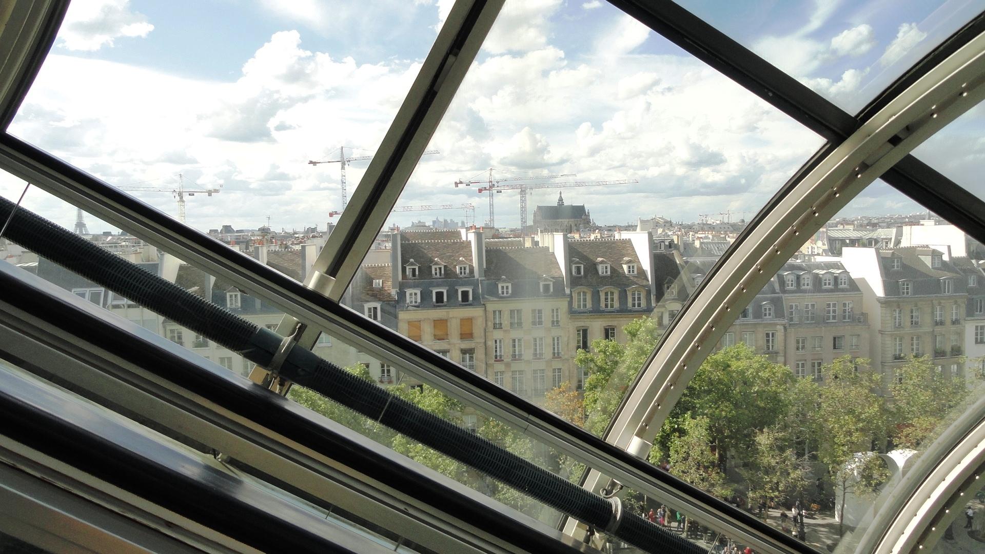 Centre Pompidou - Dans l'escalier