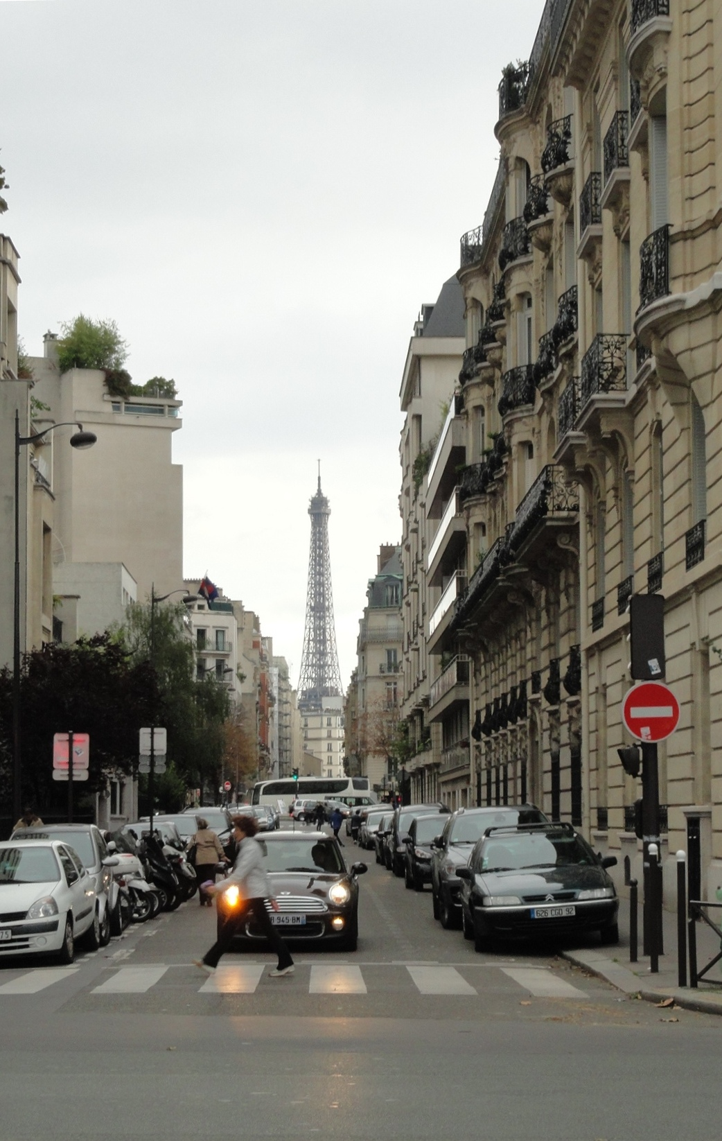 Rue Adolphe Yvon, Paris 16e - Tour Eiffel