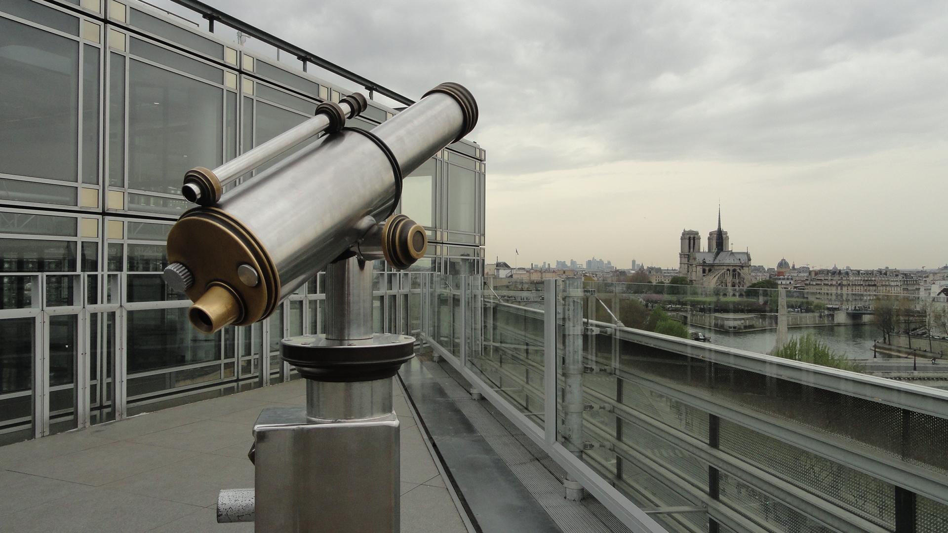 Terrasse de l'Institut du Monde Arabe, Paris 5e - Vue sur Paris