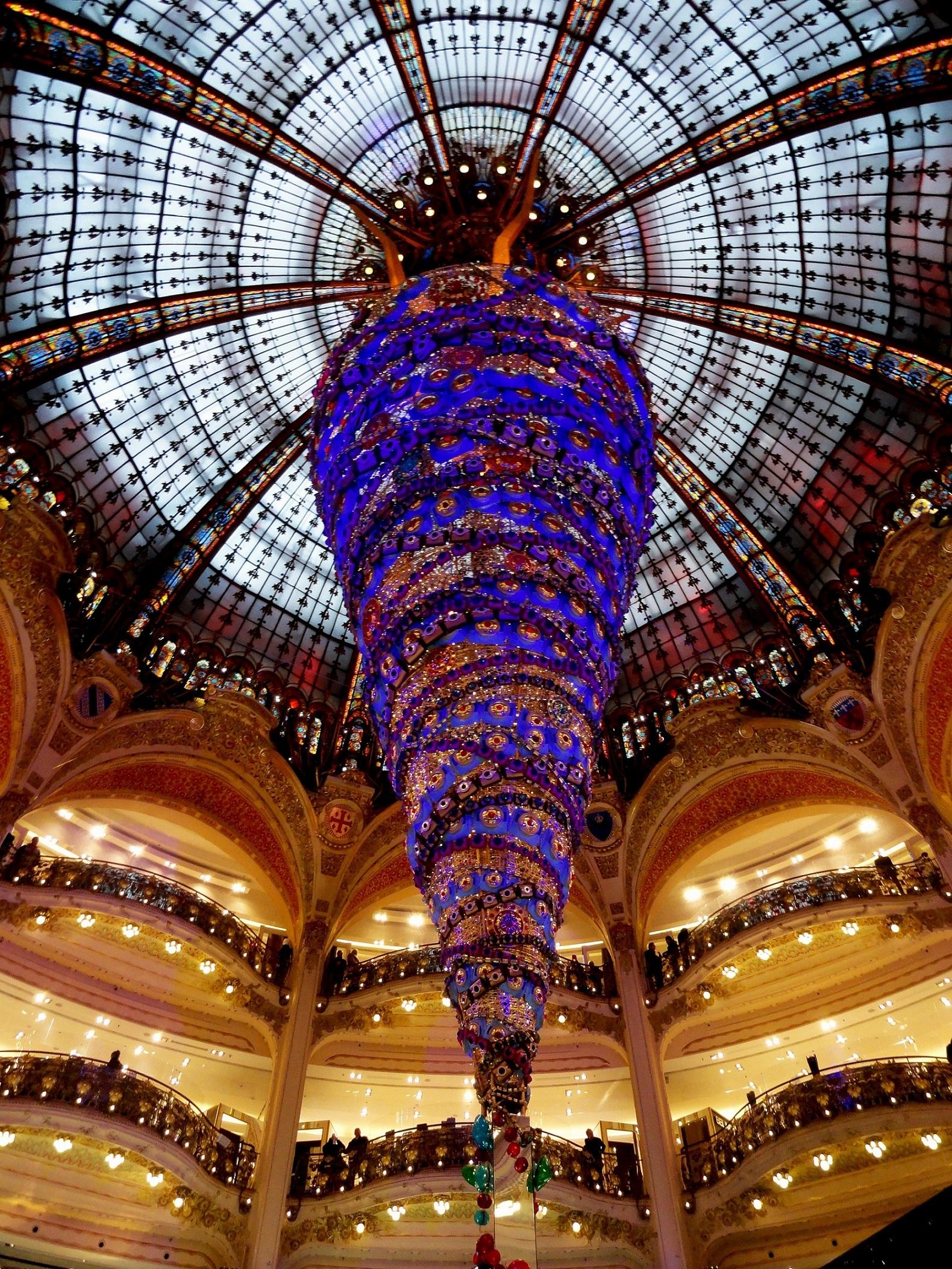 Sapin de noël 2014 des Galeries Lafayettes