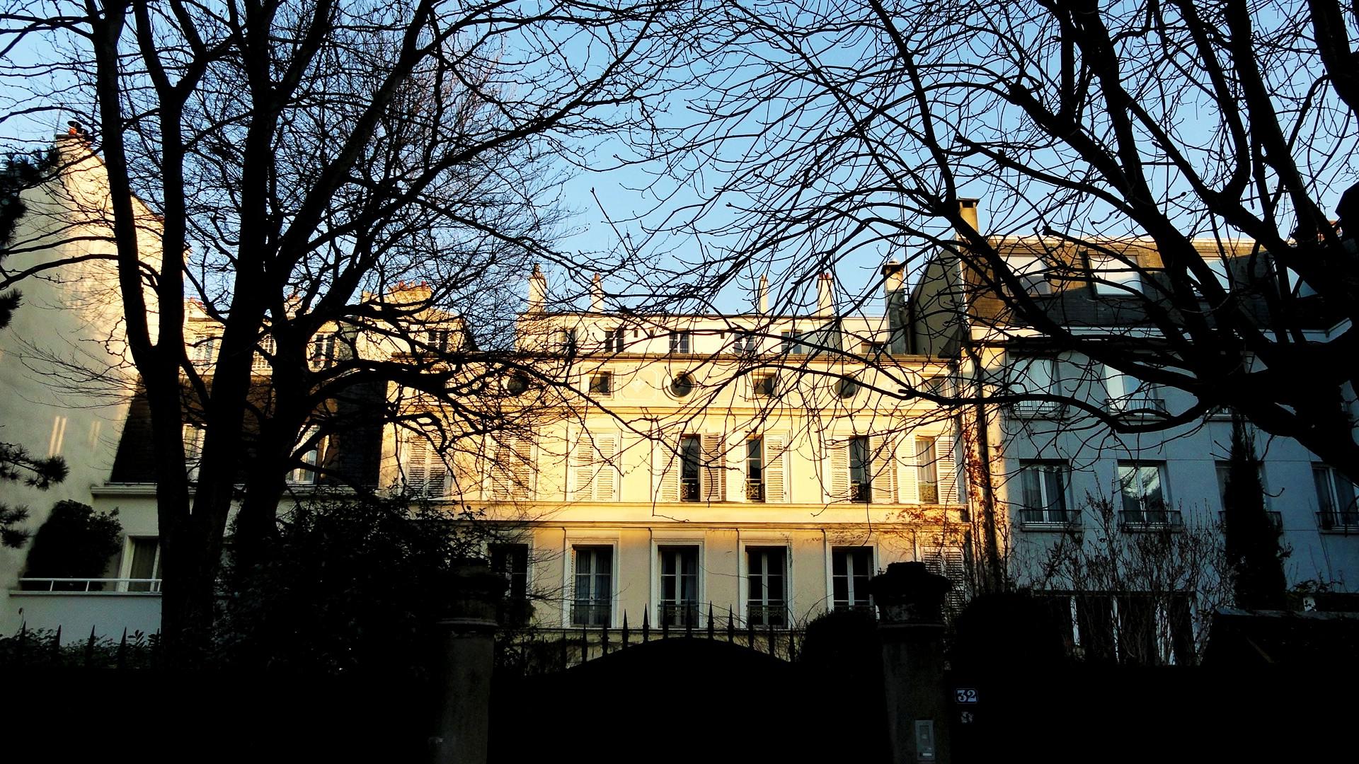 Balade le long de la Petite Ceinture (17e et 18e) - La Cité des Fleurs