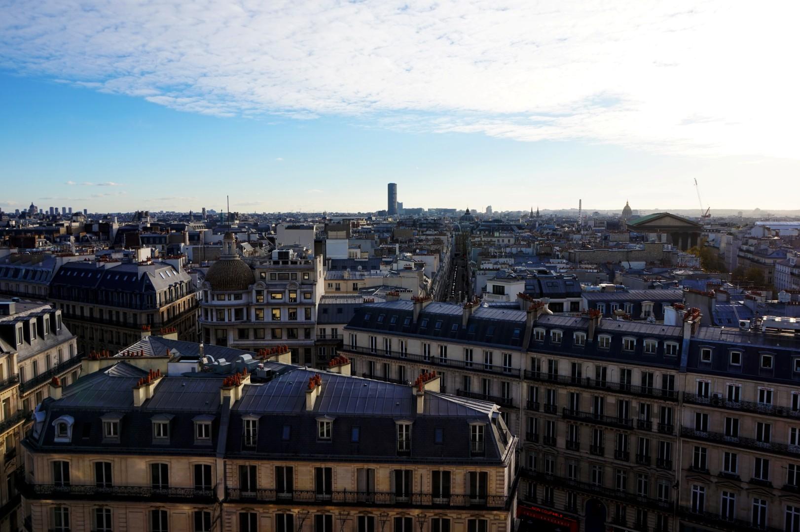 Les Grands Magasins - Le Printemps - Vue sur Paris