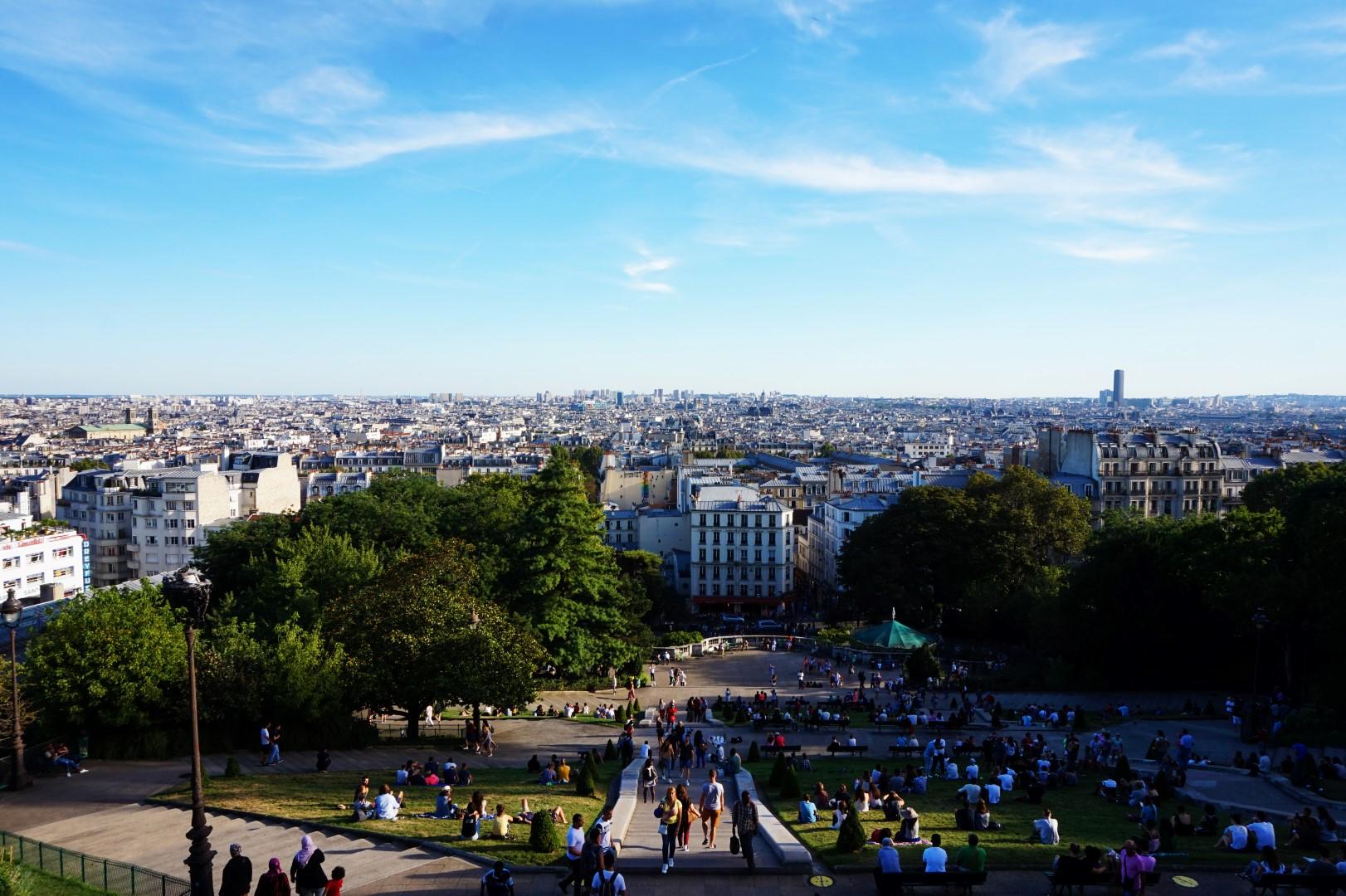 Balade dans le 18e - En bas de la butte Montmartre - Vue depuis le Sacré Coeur