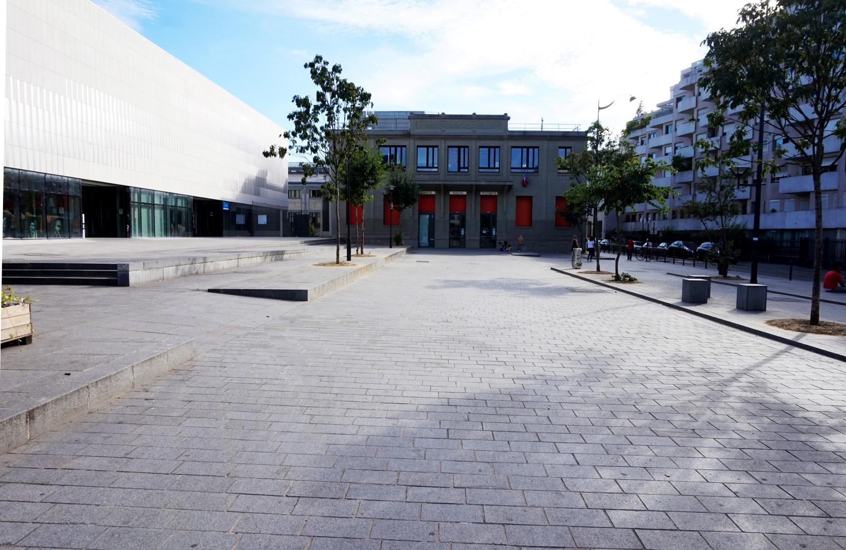 La halle Pajol - Paris 18e