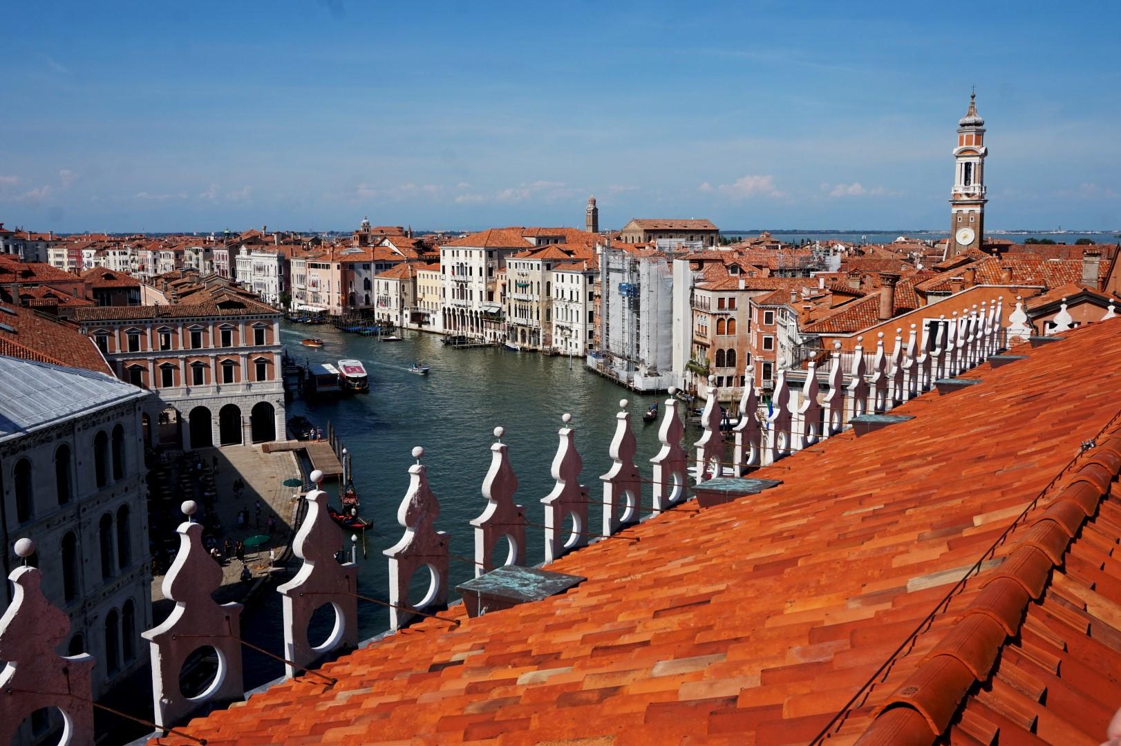 Un voyage en Italie du Nord - De Venise aux Grands Lacs   Venise Fondaco dei Tedeschi